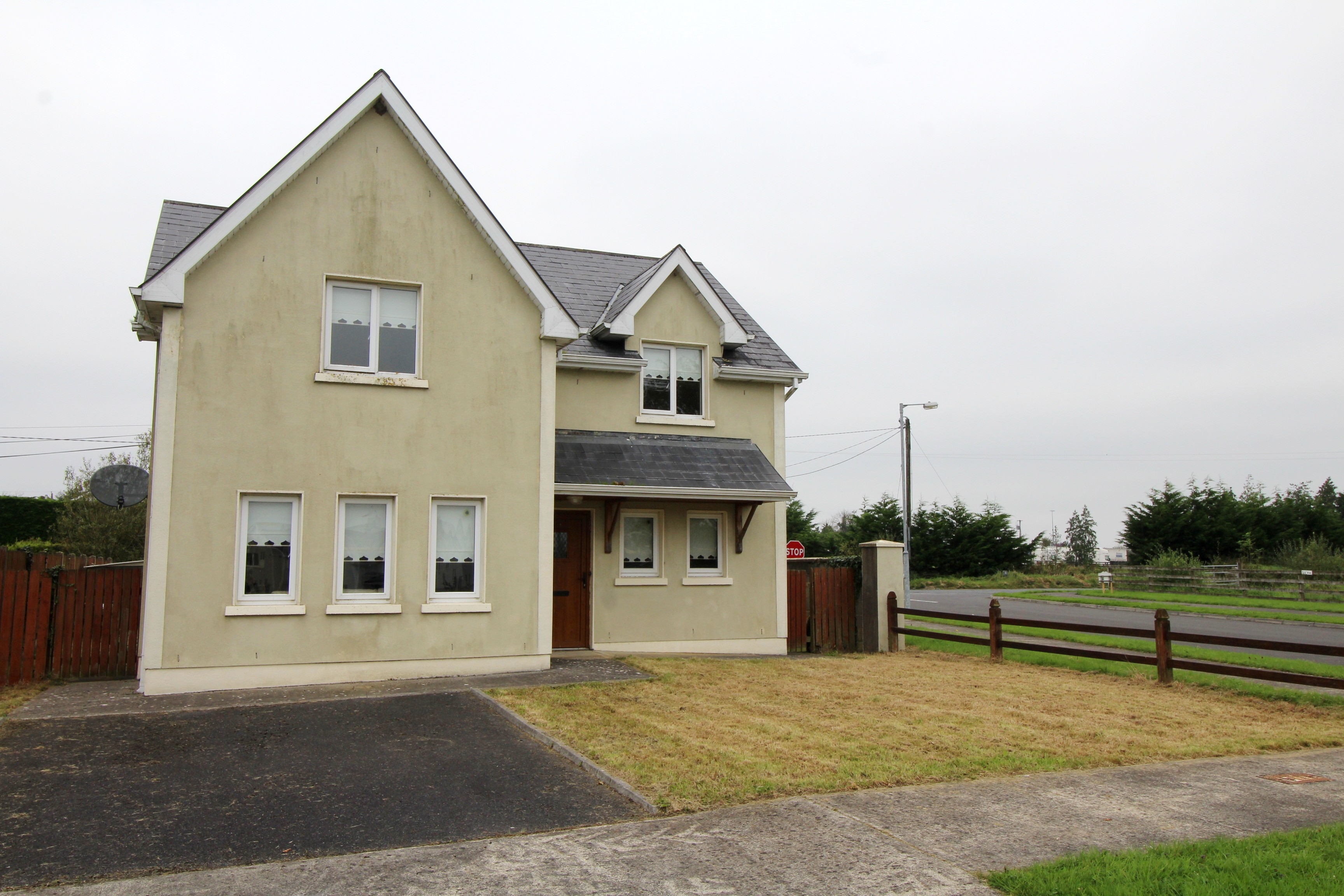 No.1 Mac Art Meadows, Leitrim Cross, Newtownforbes, Co.Longford.